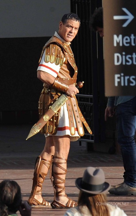 "Actor Goerge Clooney seen for the first time on the set of ""Hail Caesar"" dressed as the famous julius caesar the roman emperor filming in downtown Los Angeles. Featuring: George Clooney Where: Los Angeles, California, United States When: 05 Dec 2014 Credit: Cousart/JFXimages/WENN.com"